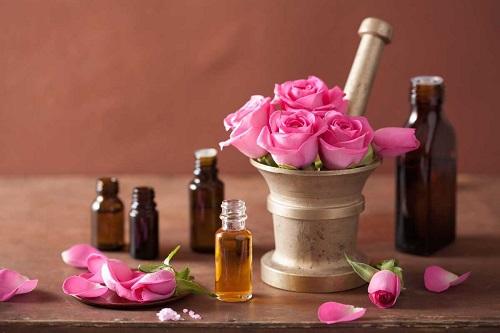 Đôi điều về tinh dầu hoa hồng không thể bỏ qua?