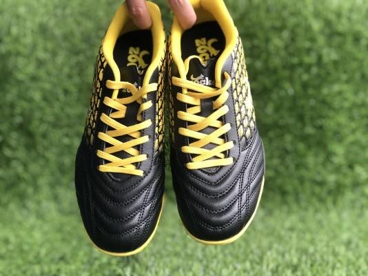 Giày đá bóng Zocker TF-2019 Đen - Vàng