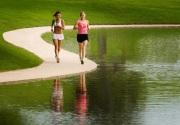 Những điều cần chú ý khi các bạn nữ chạy bộ một mình.
