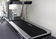 Vì sao nên chọn máy chạy bộ cũ từ phòng tập gym