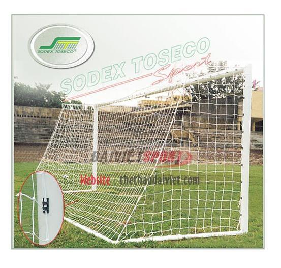 Lưới bóng đá 11 người hình thang