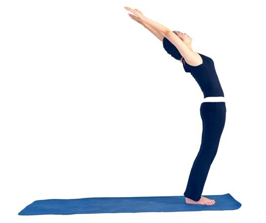 7 đông tác tập yoga vào buổi sáng5