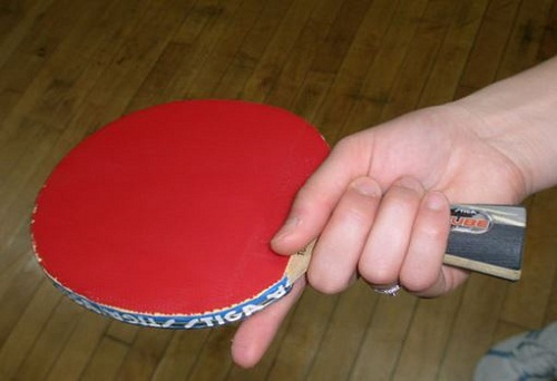 Cách cầm vợt bóng bàn