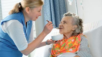 Chăm sóc sức khỏe cho người bị tai biến mach máu não