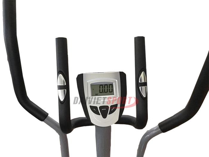 màn hình Xe đạp tập thể dục TITAN K-8508HA