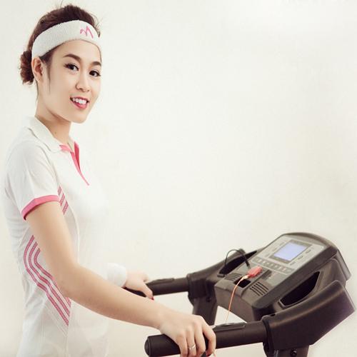 Thể thao Đại Việt chuyên cung cấp Máy chạy bộ điện đa năng MHT-4000NBM chính hãng, giá rẻ