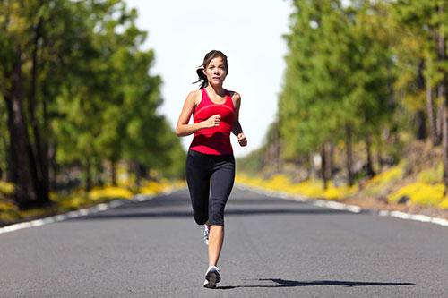 Kết quả hình ảnh cho Phải làm sao khi chạy bộ bị đau bụng?