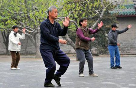 Tập chạy bộ giúp cải thiện tim mạch cho tuổi trung niên