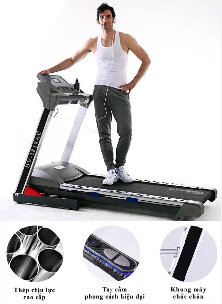 tập thể dục giảm cân trên máy tập chạy bộ