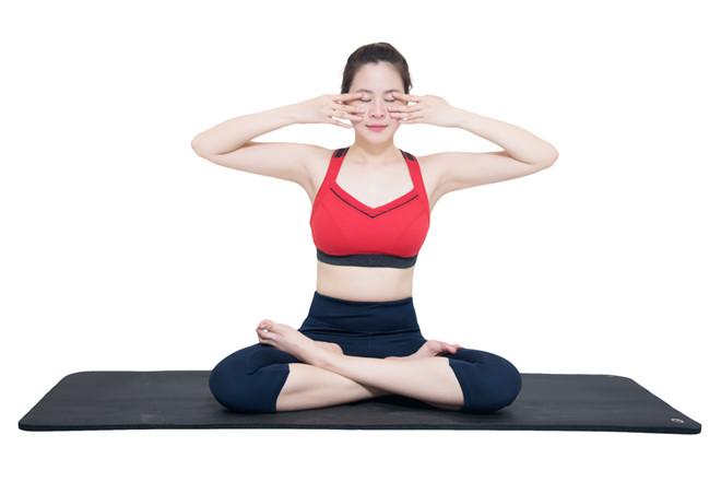 Tập thể dục giúp cải thiện chứng đau nửa đầu hiệu quả ít người biết