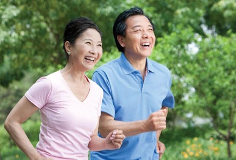 Những nguyên tắc chạy bộ cần thiết cho chị em phụ nữ trung niên