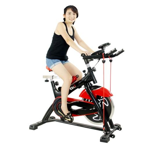 Phụ nữ sau sinh có nên dùng xe đạp tập không?